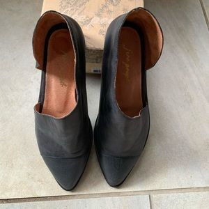 Free People Flat Shoes Size 38